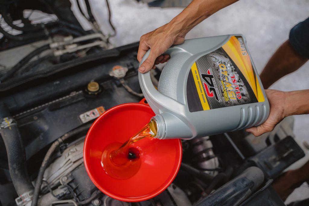 Dầu hộp số ô tô S4 là gì Khi nào nên thay dầu hộp số S4 cho ô tô